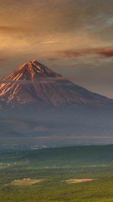 Kamchatka - The Land of Bears and Volcanoes