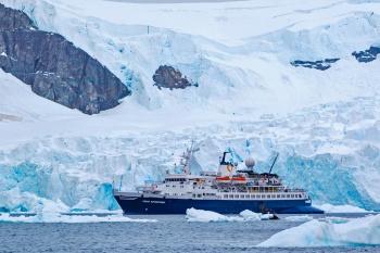 Classic Antarctica- Fly & Cruise